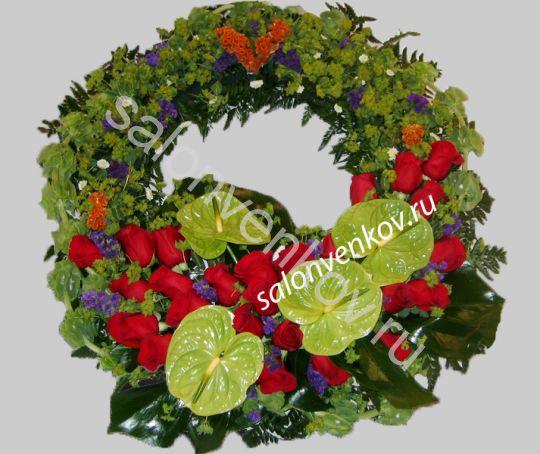 Элитный траурный венок из живых цветов №45, РАЗМЕР 60см