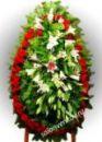 Элитный траурный венок из живых цветов №48 80см-170см